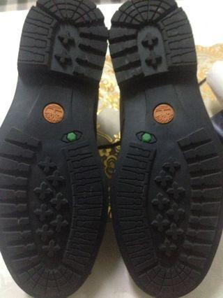 🚚 Timberland boots