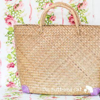 NEW Woven straw / rattan tote bag, carrier