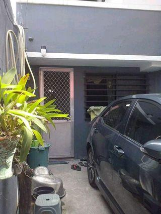 House and lot For sale in Makati Pede Iloan