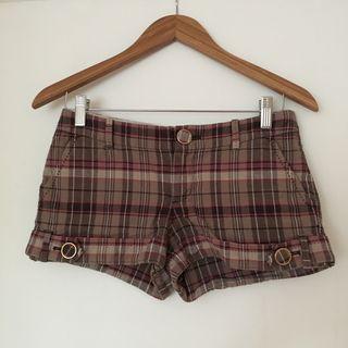 Aritzia Talula plaid shorts 2 XS