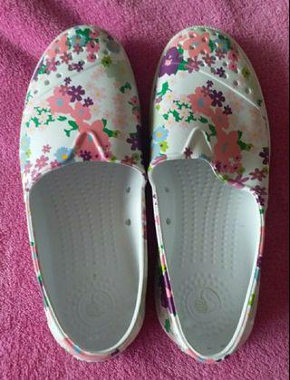 NATIVE SHOES Jericho Bling  (Shell White/Daisy) SIZE 33