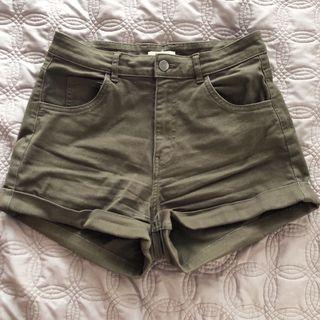 H&M Cuffed High Waisted Shorts
