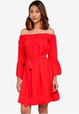 Glamorous Off shoulder swing dress in Red
