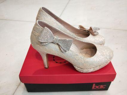 婚鞋Cumar 24.5 高9公分