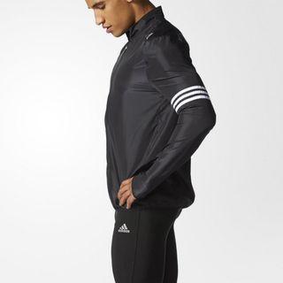 Adidas 超帥氣風衣,跑步超棒,XL Response Wind Breaker AA6930