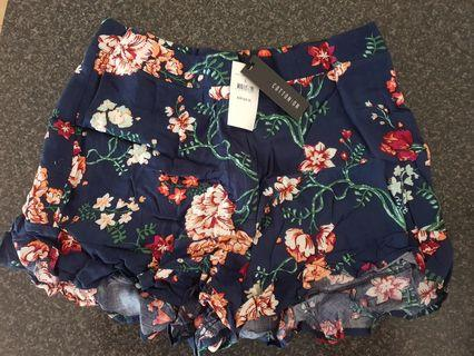 Navy floral cotton on summer shorts
