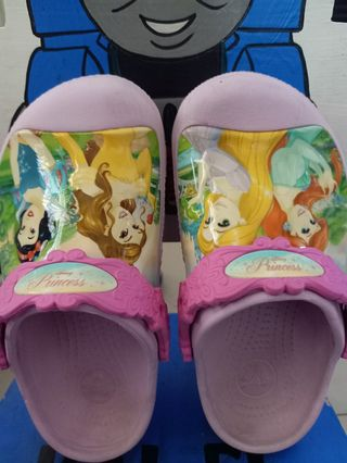 2ed457dea crocs girls | Babies & Kids | Carousell Philippines
