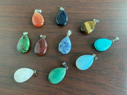 🚚 Semiprecious gemstone Pendants- 10 pendants together