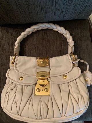 🚚 Preloved miu miu  authentic bag small