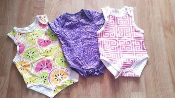 Newborn Rompers Unworn (3 pcs)