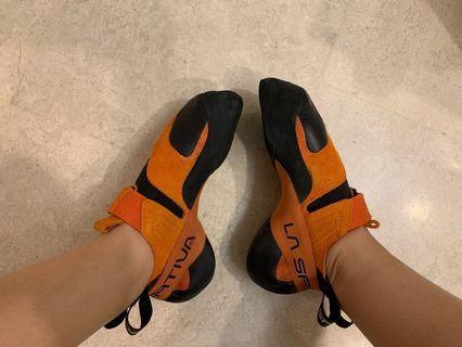 🚚 Climbing Shoes lasportiva pythons