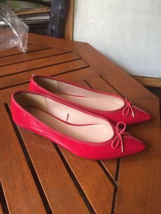 GU Flat shoes