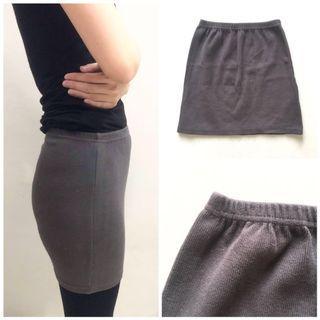 Rok span abu-abu tua / skirt dark grey