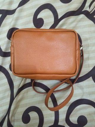 [AMADA.ID] Sling Bag Vegan Leather