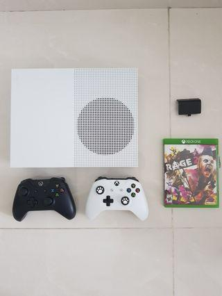 Xbox One S + 2 Controllers + Rage 2