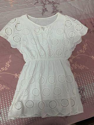 🚚 渡假感白色短洋裝
