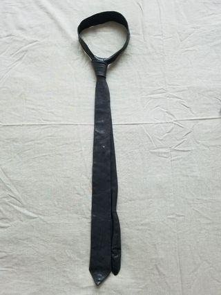 Neck Tie : IZZUE  COLLECTION中古皮呔(超型)