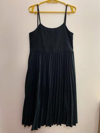 pleaded dress
