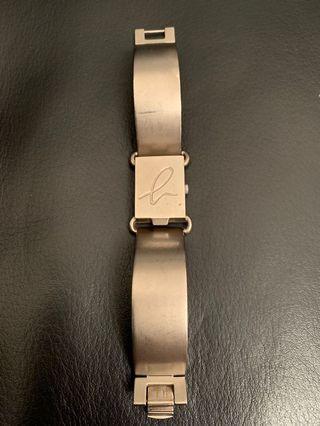 Agnes b 女裝鈪型手錶