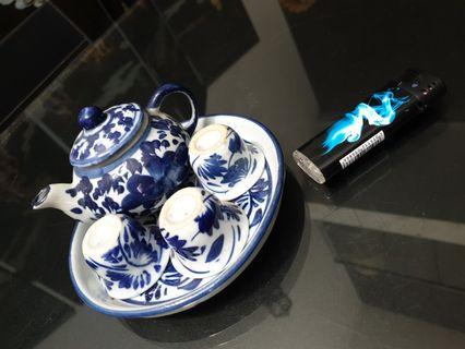 Miniature blue white teapot tray set  vintage chinese