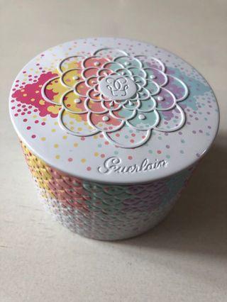 GUERLAIN Rainbow Pearls powder