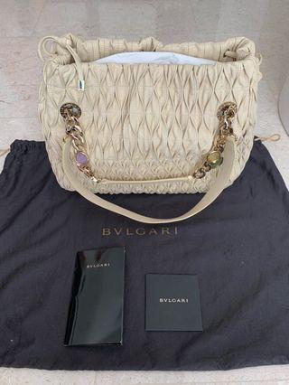 BN Bvlgari Shouldercarry bag