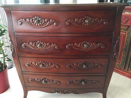 Chest of drawers ( Mahogany)