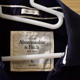 Abercrombie & Fitch    AF 深藍  短袖