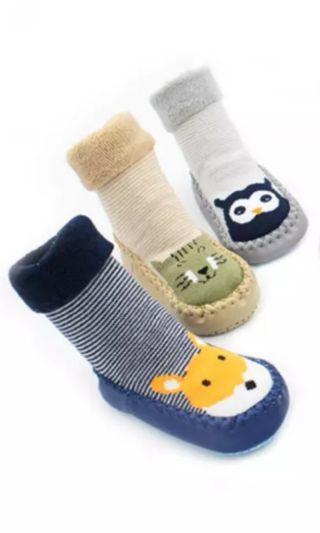 🚚 Prewalker shoe socks *non slip*