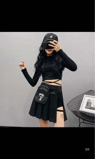 🚚 一片A字黑色裙