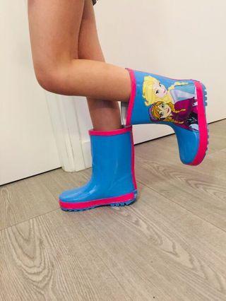 Elsa rain boots size 12