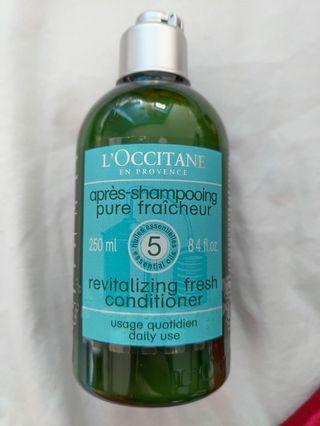 Loccitane 護髮素 (全新)