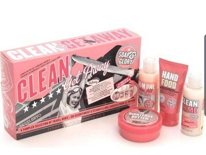 CLEAN GETAWAY™ GIFT SET TRAVEL-SIZED SELECTION OF FOUR MINI BESTSELLERS