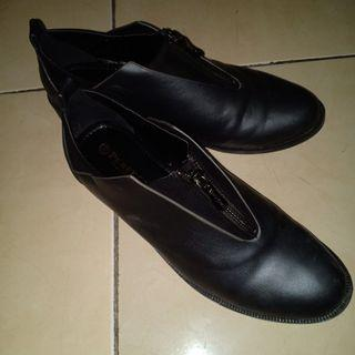 Bootshoes