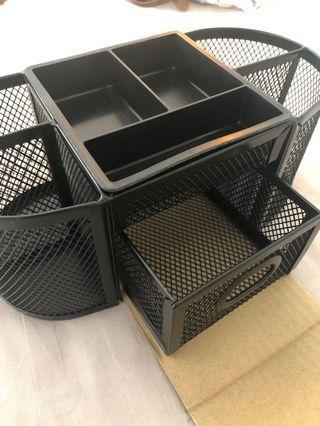 🚚 AmazonBasics mesh Desk Organiser with pullout drawer