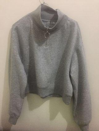 H&M Gray crop sweater