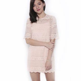 🚚 LB Lysbeth Lace Dress in Blush