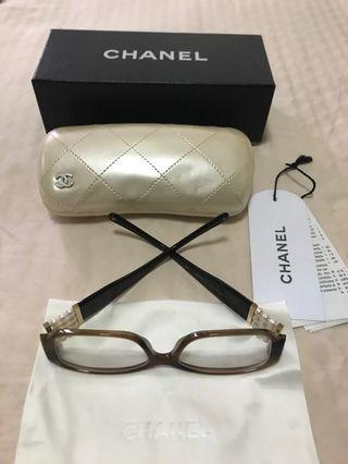 🚚 50% off: Authentic Chanel Pearl Collection Eyewear