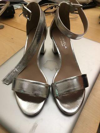 Kurt Geiger, metallic silver size 37 fashion shoes
