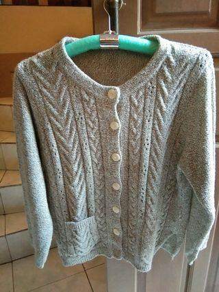 Sweater /Cardigan