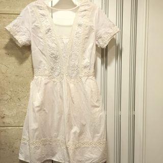 米白色繡花 連身裙 beige embroidery dress