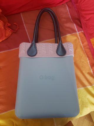 O bag made in Italy grey with pink wool trim