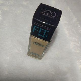 FIT ME MATTE PORELESS MAYBELLINE 220 NORMAL TO OILY