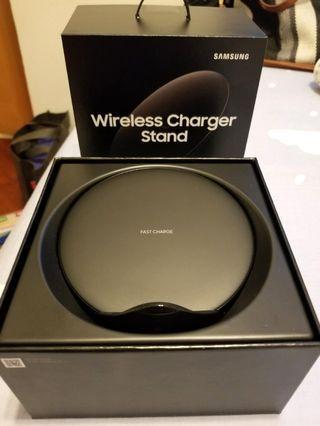 Samsung 三星無線快充充電盤