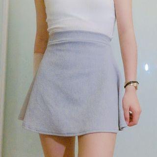 Grey mini-skirt
