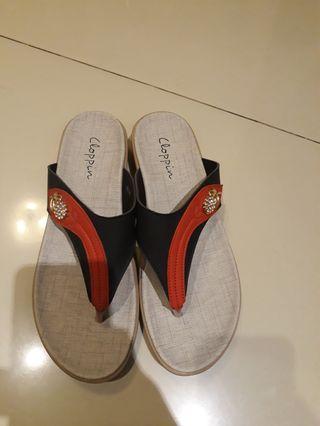 #SOCIOLLACAROUSELL Sandal cloppin