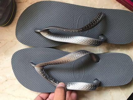 Steel greyHavaianas flip flop