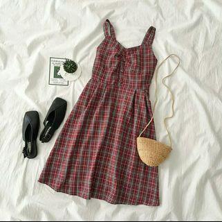 🚚 🔥大特價🔥學院風格子連身裙