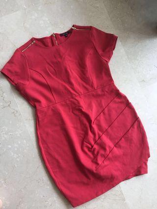 Plus size Red Dress portmans