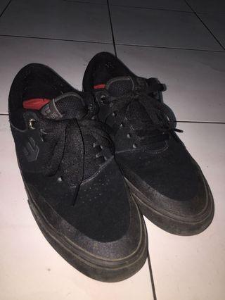 Etnies Marana Willow black skating shoe